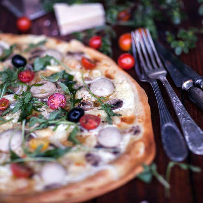 Pizza blanche au boudin blanc
